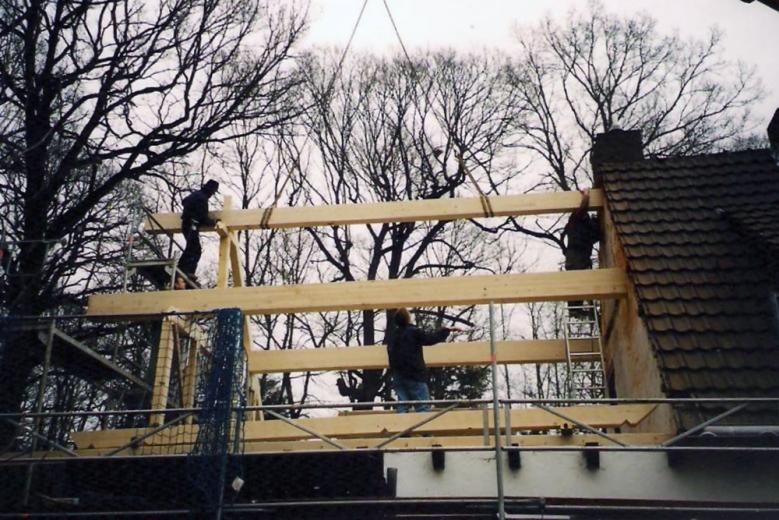 b Aufbau einer Dachkonstruktion 001