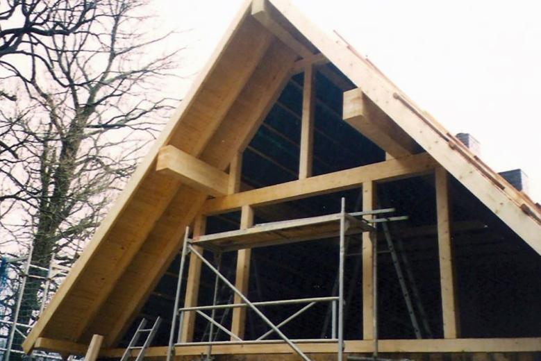 b Aufbau einer Dachkonstruktion 004
